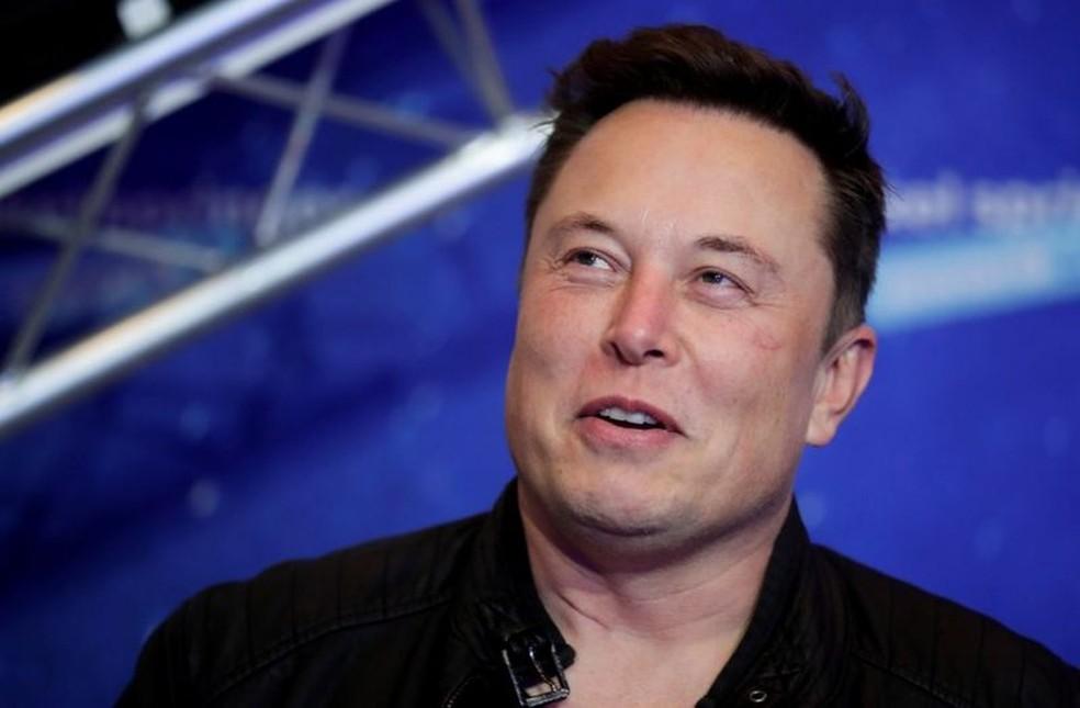 Elon musk anuncia cobertura do starlink no mundo todo para agosto. Elon musk anunciou que vai disponibilizar sua internet via satélite starlink no mundo todo em agosto, com exceção do polo norte e do polo sul