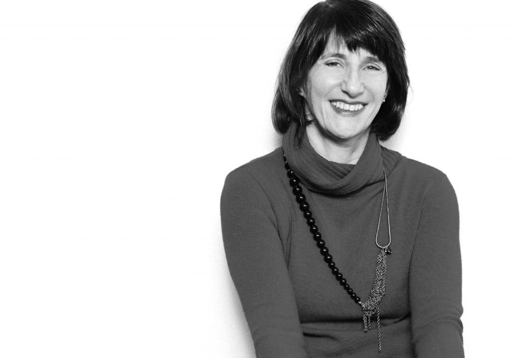 Dora kaufman, professora do tidd puc sp e colunista da época negócios