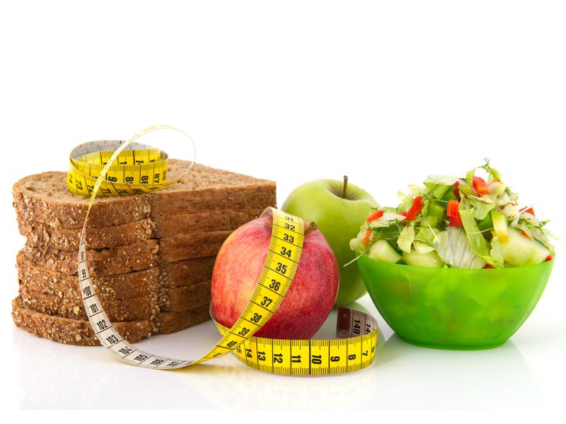 Alimentos light não são saudáveis? Os 10 mitos da dieta. Preparamos um super vídeo com uma nutricionista comentando os 10 mitos de dieta mais conhecidos. Fique por dentro!