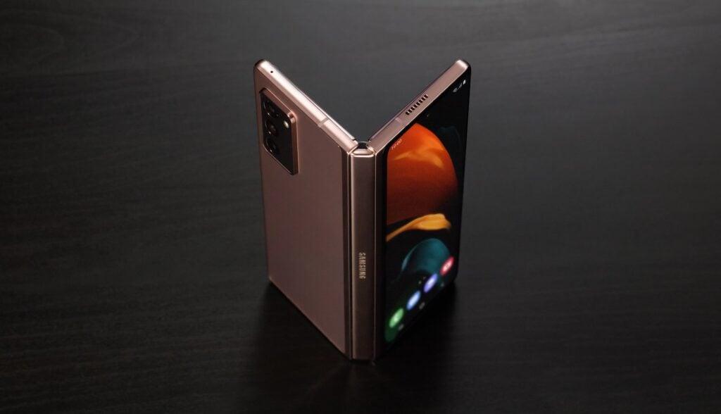Galaxy z fold2 entra para o plano de assinatura de celulares da samsung