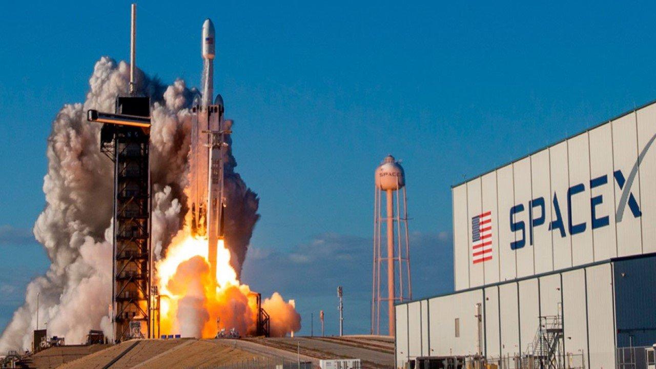 Quanto custa viajar para o espaço?