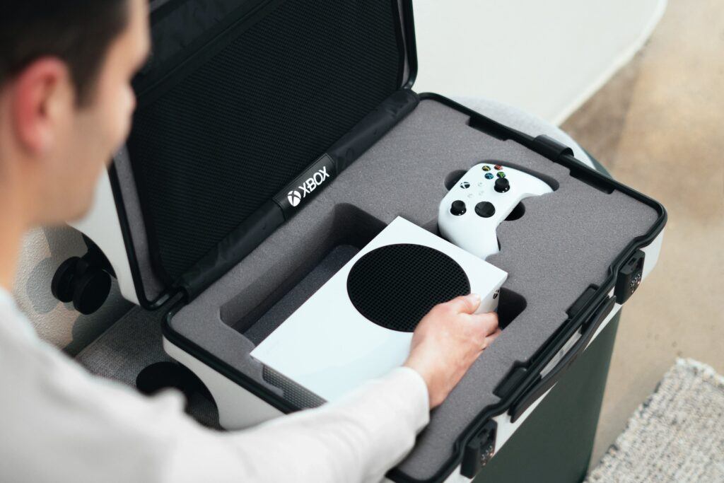 Mala de viagem com xbox series s portátil é lançada pela microsoft