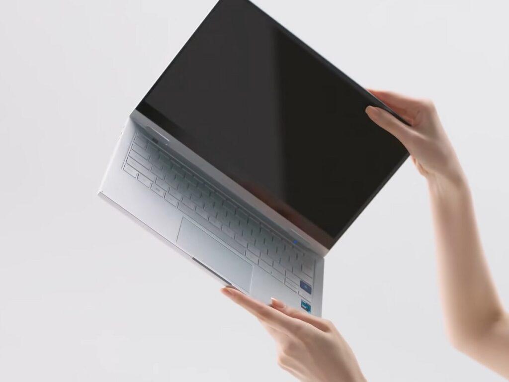 Samsung lança notebook galaxy book go com snapdragon no brasil. O galaxy book go conta com processador snapdragon 7c gen 2, que segundo a empresa faz com que ele carregue a boa performance de um pc com a experiência rápida mobile