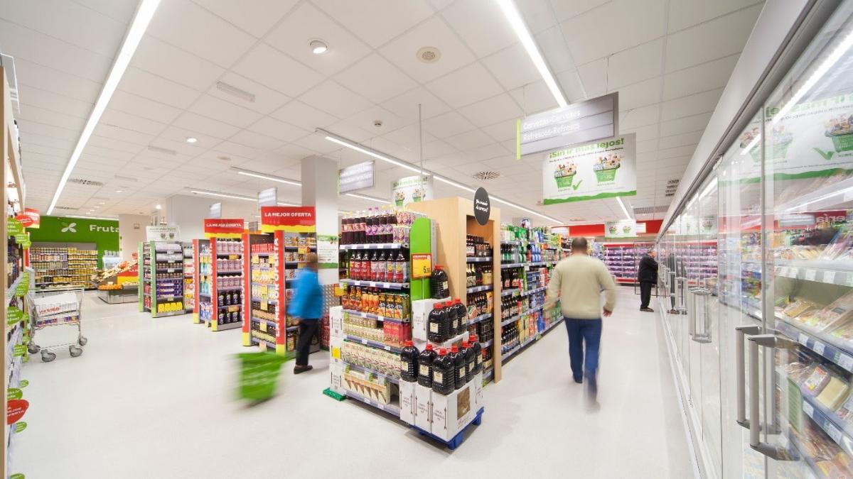 Luminárias philips inovam com geolocalização em supermercados e lojas