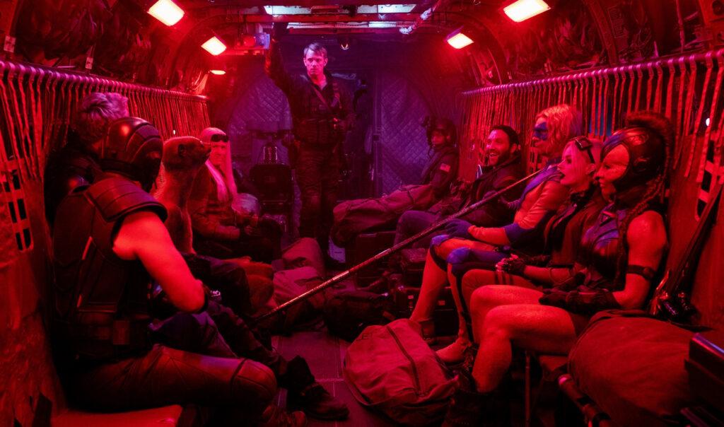 Crítica: o esquadrão suicida ressuscita franquia de vilões, mas falta coesão e polidez