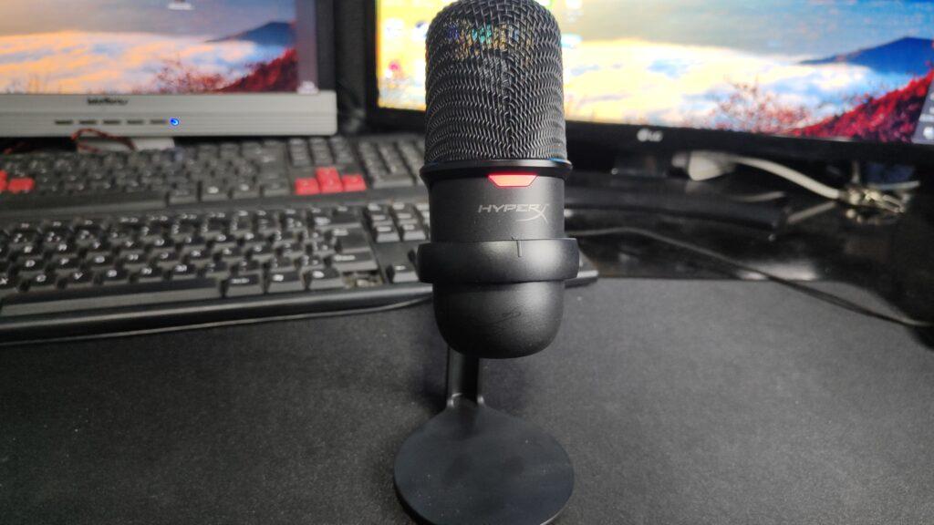 Review: hyperx solocast, um bom microfone de entrada com preço justo. Com boa relação de custo x benefício, o hyperx solocast é uma opção interessante para criadores de conteúdo