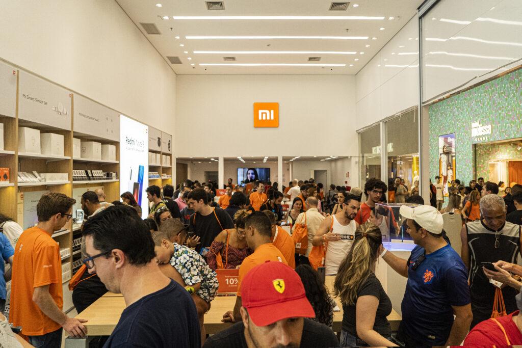 Expansão da xiaomi no brasil terá 5 novas lojas até o fim do ano. A noxa expansão da xiaomi no brasil vai abrir mais lojas físicas no país para conquistar cada vez mais clientes