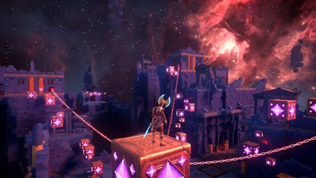 Fenyx, em cima de um bloco suspenso por correntes, observa ruínas à frente.