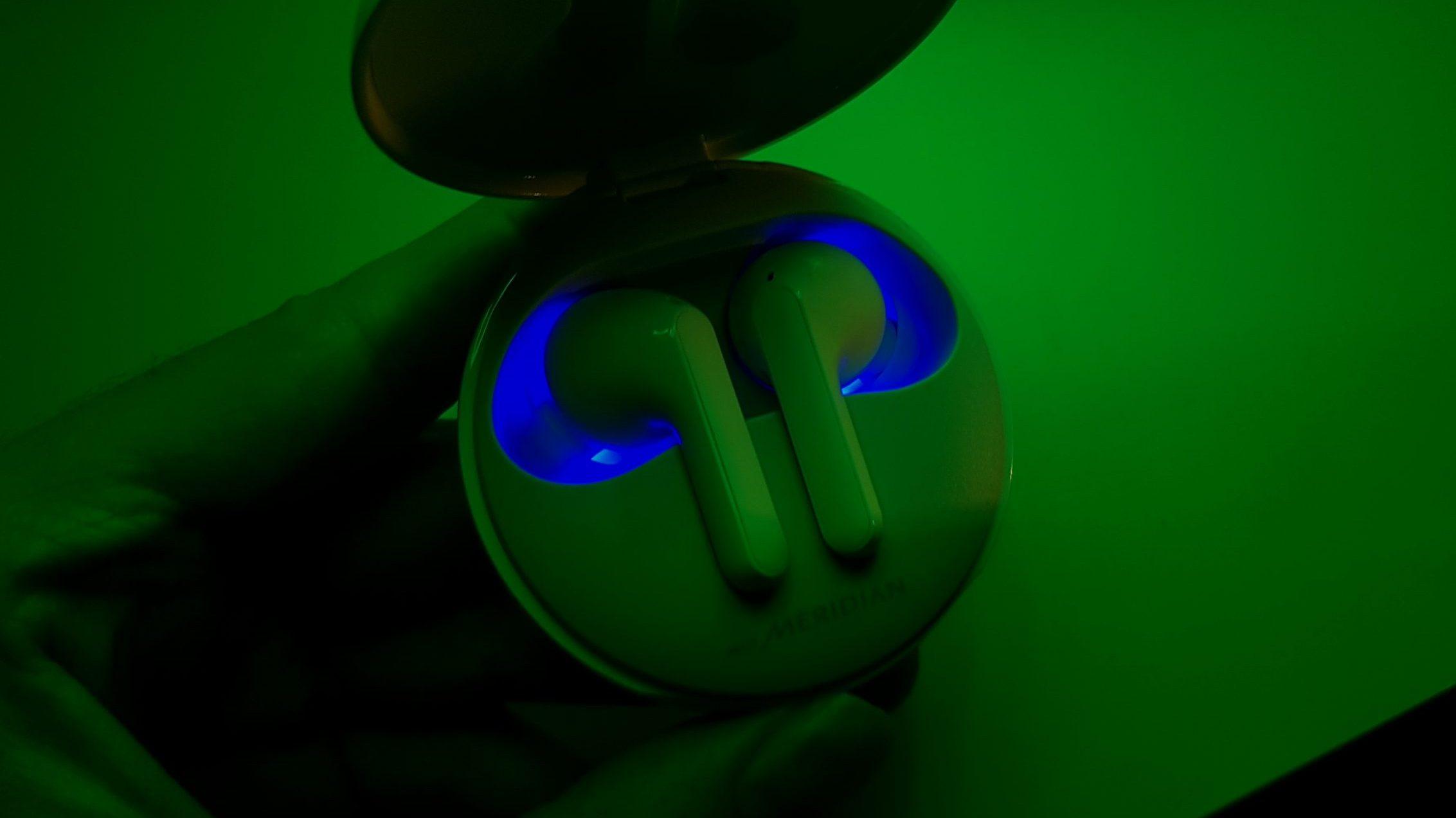 Lg tone free tem luz ultra violeta contra germes e bactérias