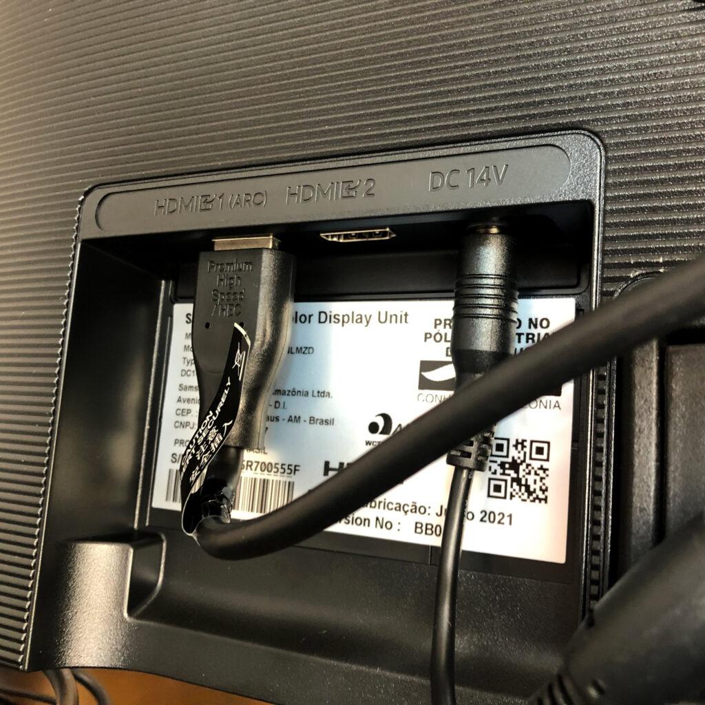 Samsung m5 entradas hdmi e power