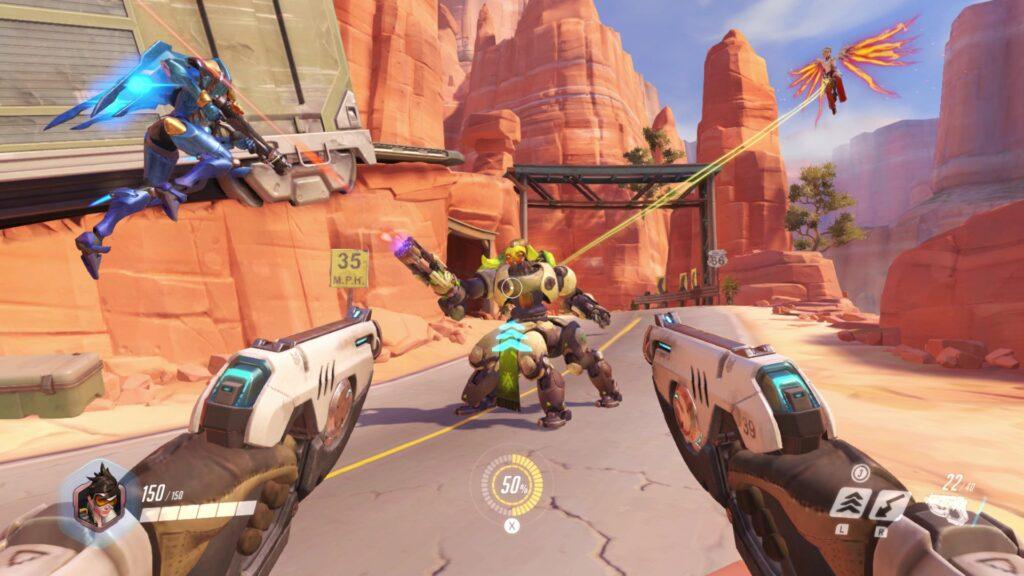 Quatro heróis batalham em um cenário de overwatch.