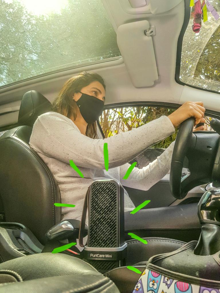 Lg puricare mini filtrando o ar no carro