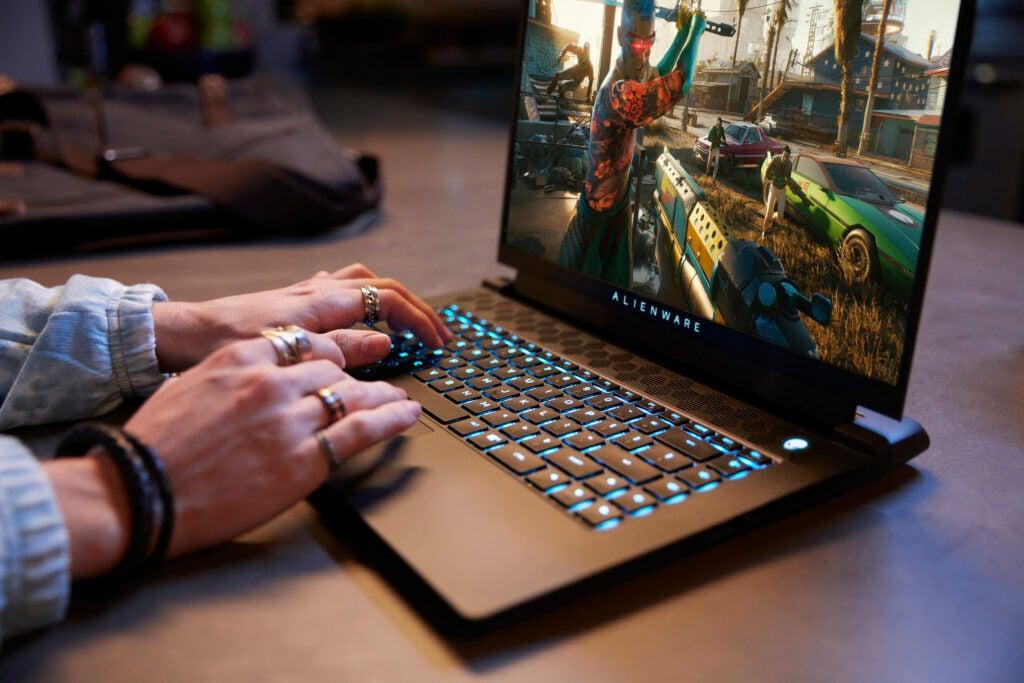 Alienware m15 é o novo notebook gamer de alta performance da dell