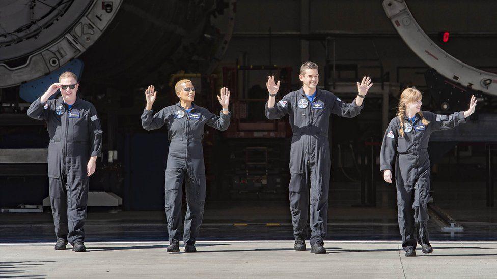 Equipe da missão espacial inspiration 4