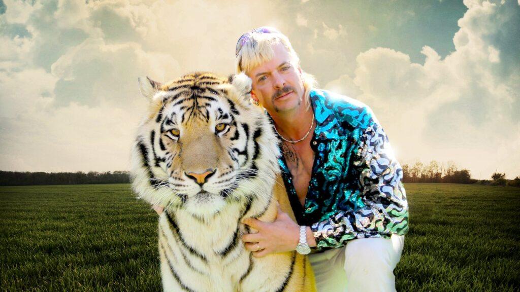 Joe exotic e um tigre, protagonistas de tiger king 2.