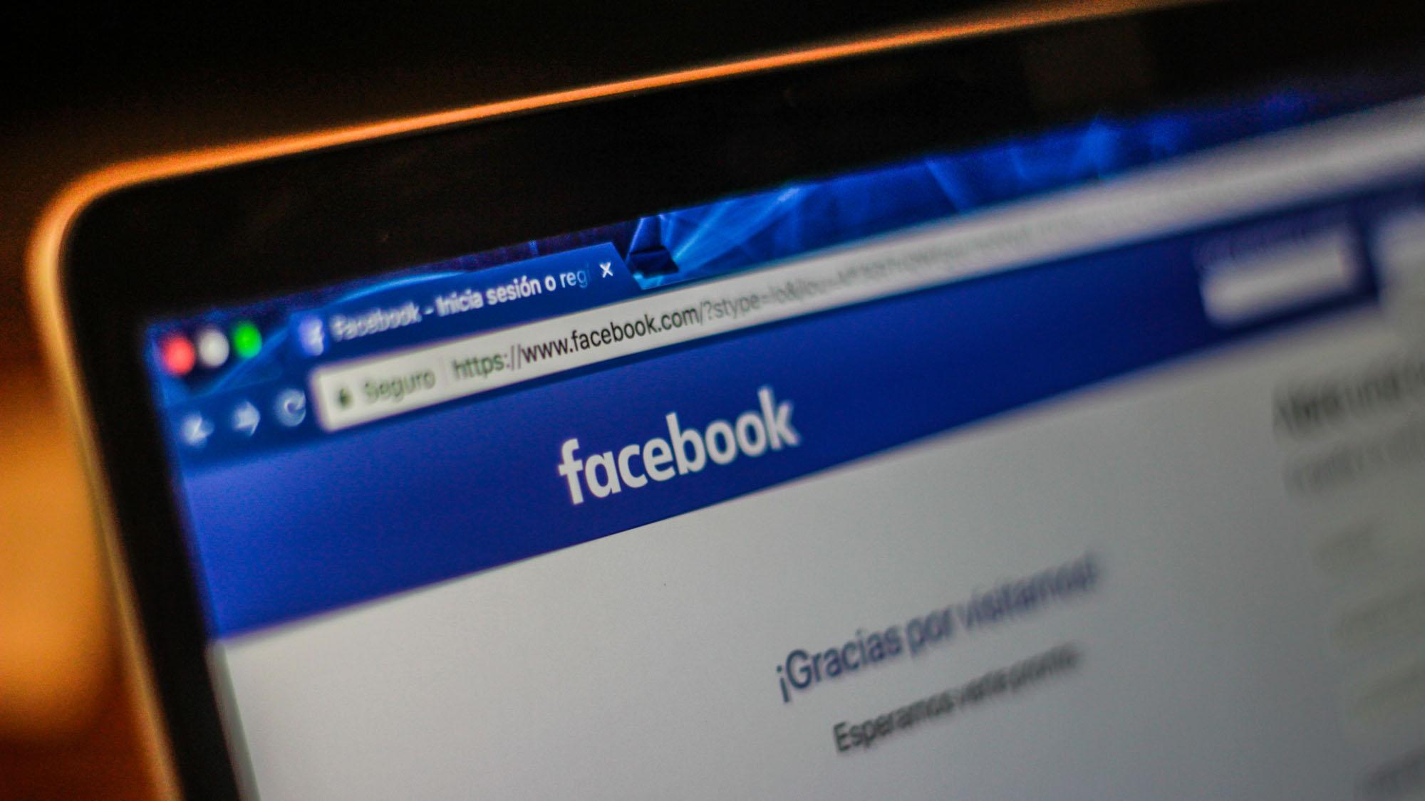 Procon-sp notifica facebook por queda de servidores da rede social