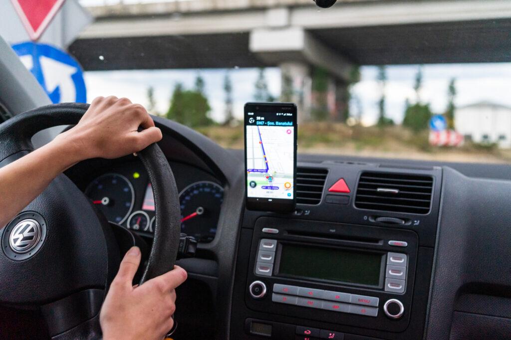 Trt-1 reconhece vínculo empregatício entre uber e motoristas