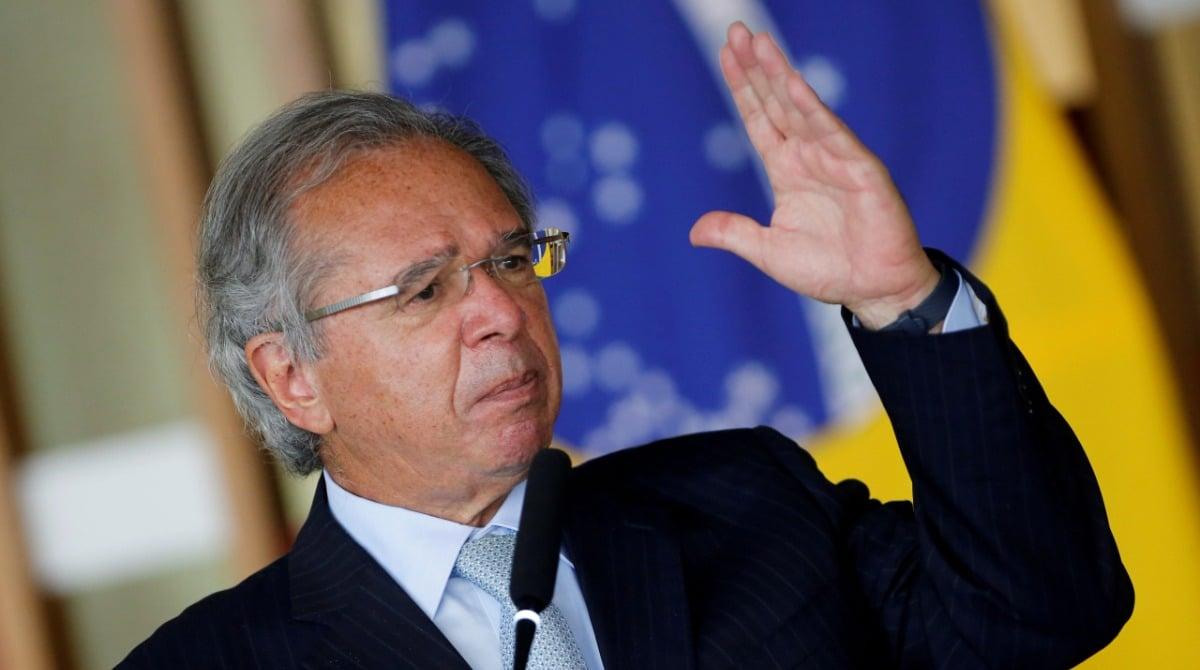 """O que são os """"pandora papers"""" e quem são os políticos brasileiros envolvidos"""