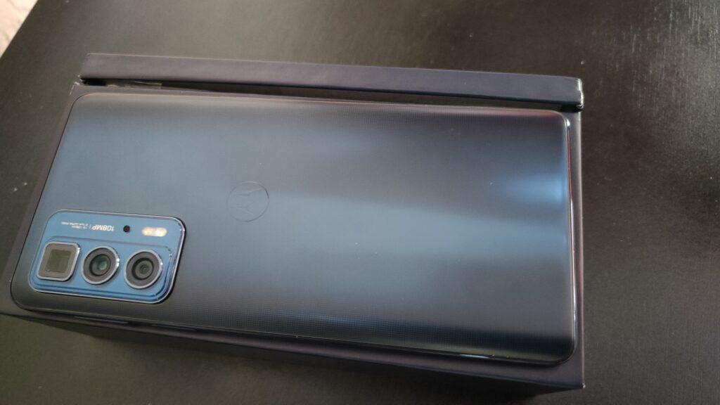 Review: motorola edge 20 pro é o celular premium com um leve amargor. O motorola edge 20 pro se sai bem em quase tudo e ganha destaque com o ready for, mas passa a sensação que falta algo
