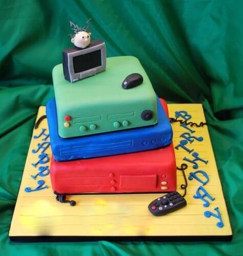 computer-birthday-cake
