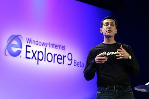 IE9 launch1 500x333 - Internet Explorer 9: ainda não vale a pena instalar?