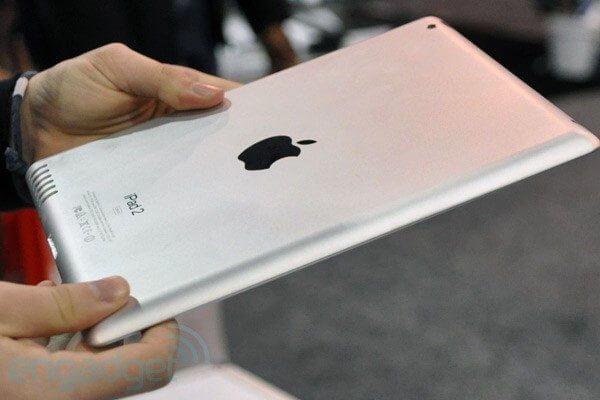 ipad2 ces2011 - Rumor: iPad 2 é avistado em evento em Nova York