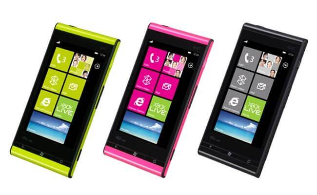 Fujitsu Toshiba IS12T 1 - Fujitsu e Toshiba apresentam smartphone com Windows Phone Mango