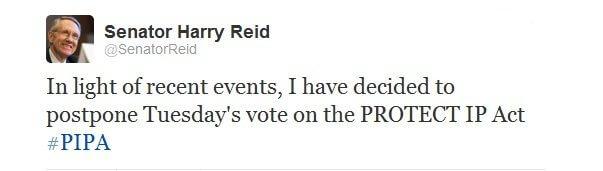 Congresso americano adia a decisão do sopa e pipa. O senador americano harry reid declarou hoje em seu twitter, que devido aos recentes fatos, a votação das leis que censuram a internet sopa e pipa serão adiadas.