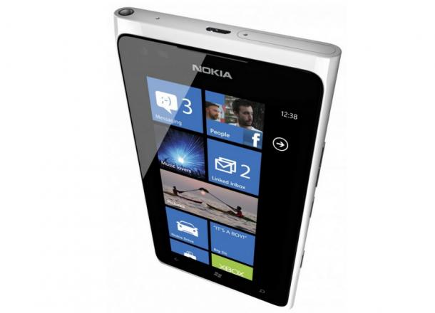 Captura de Tela 2012 07 25 às 17.47.05 610x440 - Nokia Lumia 900 chega ao Brasil por R$ 1.799,00