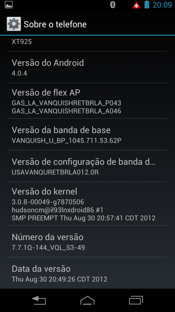 razrhd versao2 562x1000 - Review: Razr HD - primeiro telefone 4G do Brasil