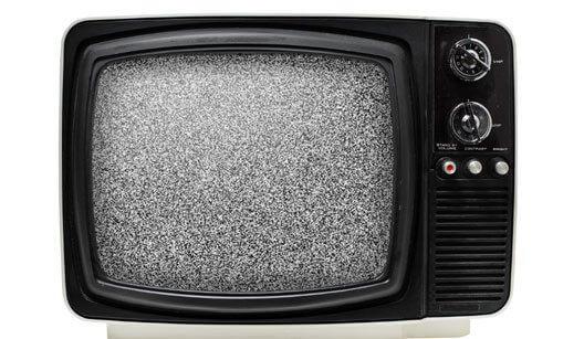 tv analogica - TV analógica permanece até fim de 2018