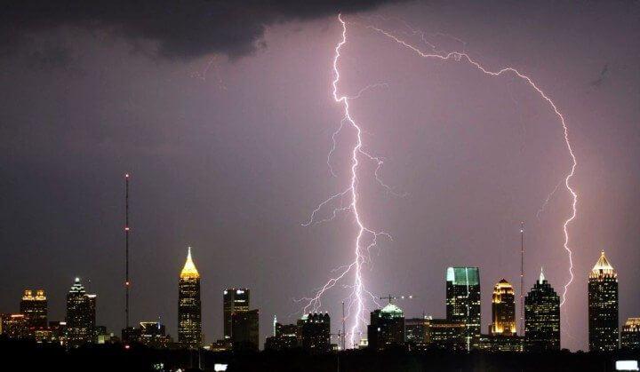 Atlanta_Lightning_Strike_edit1