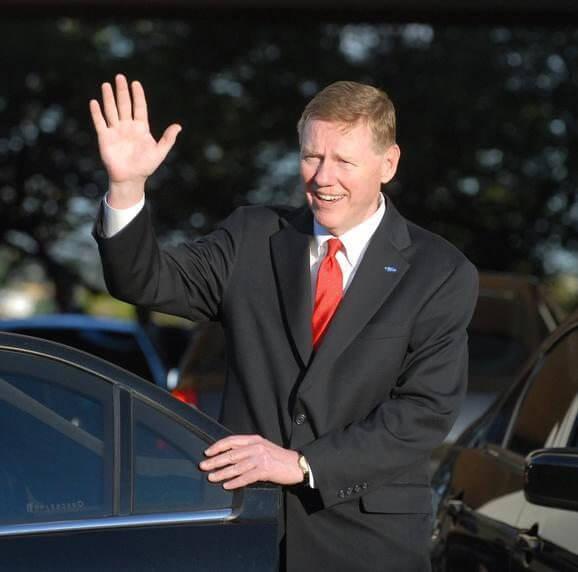 Mulally in Brazil - CEO da Ford pode assumir o comando da Microsoft