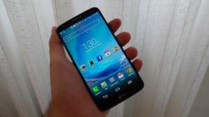 Imagem do LG G2 no review do Showmetech