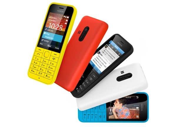 Nokia Asha 220 - Microsoft vai encerrar produção de aparelhos da Nokia com Android, Asha e S40