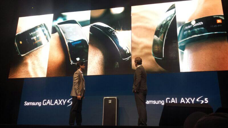 Samsung Gear Fit é apresentado em São Paulo