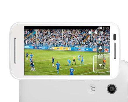 Smartphone Moto E com TV Digital / reprodução