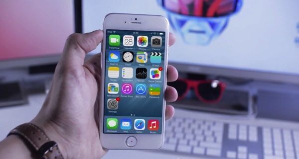 iPhone-6-com-iOS-8.jpg
