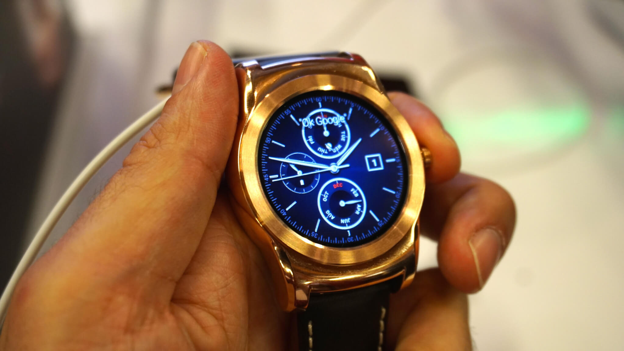 urbane o novo relgio inteligente da lg - MWC 2015: De olho no relógio: Hands-on nos smartwatches da LG!