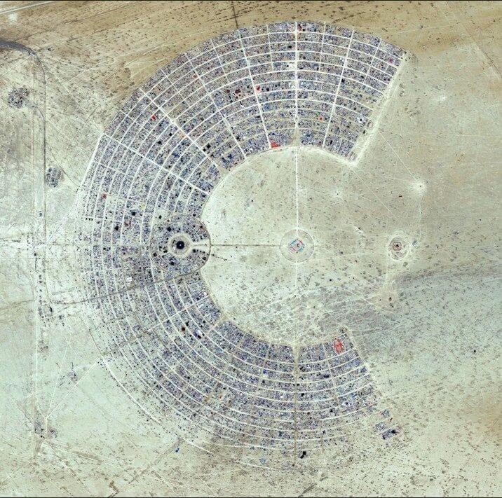 screenshot 11 - 17 imagens hipnotizantes da vista aérea da terra