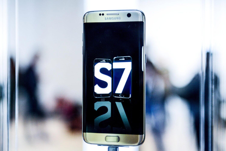 smt galaxys7 capa - Samsung pode estar dando adeus ao TouchWiz