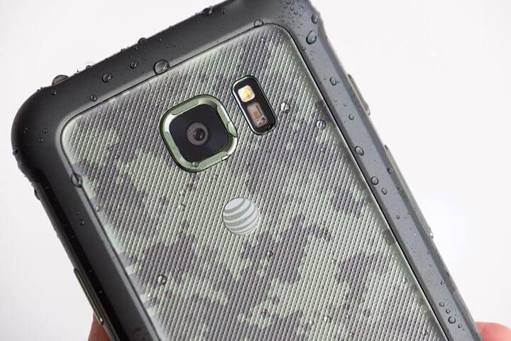 galaxy s7 active capa - Samsung lança Galaxy S7 Active, smartphone parrudo com bateria enorme