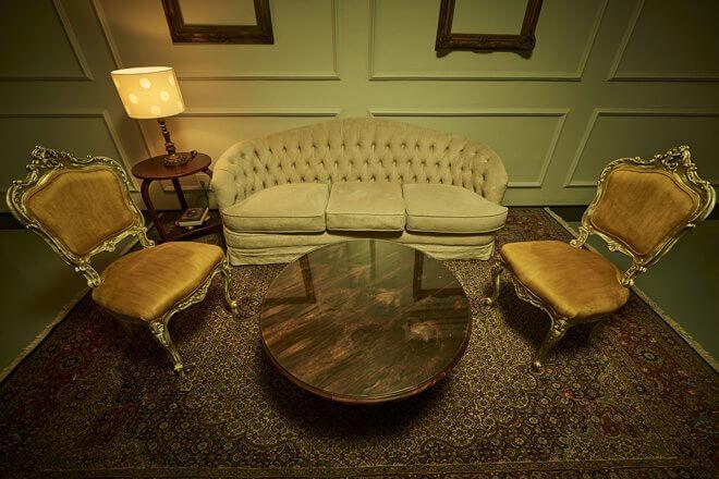 Escape Hotel Lobby - Escape Hotel: Vire um detetive com os amigos nesta casa de jogos