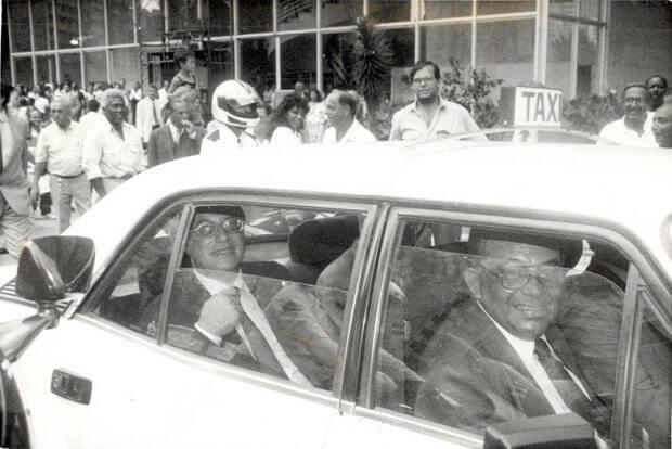 Paulo maluf, prefeito de são paulo em 1969, quando a profissão de taxista foi regulamentada na cidade