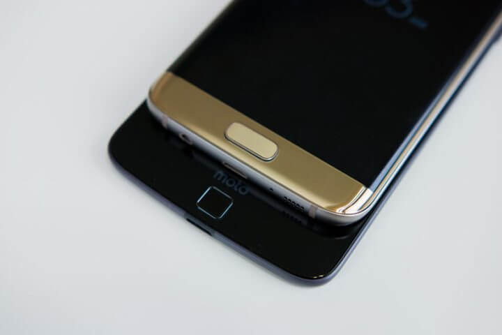 Motorola-Moto-Z-vs-Samsung-Galaxy-S7-Edge-8-840x560