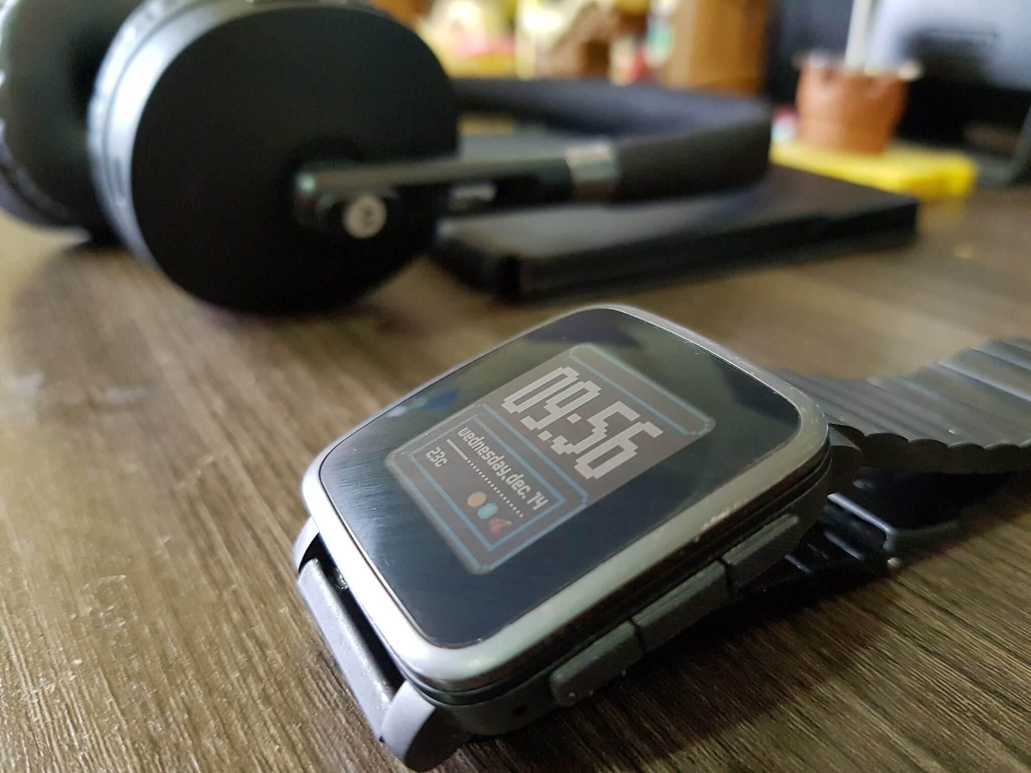 Depois do fim da pebble, o que esperar da empresa?. O pebble não existe mais, mas o que fez o smartwatch tão especial e único? Melhor ainda, o que fazer se você gosta da marca?