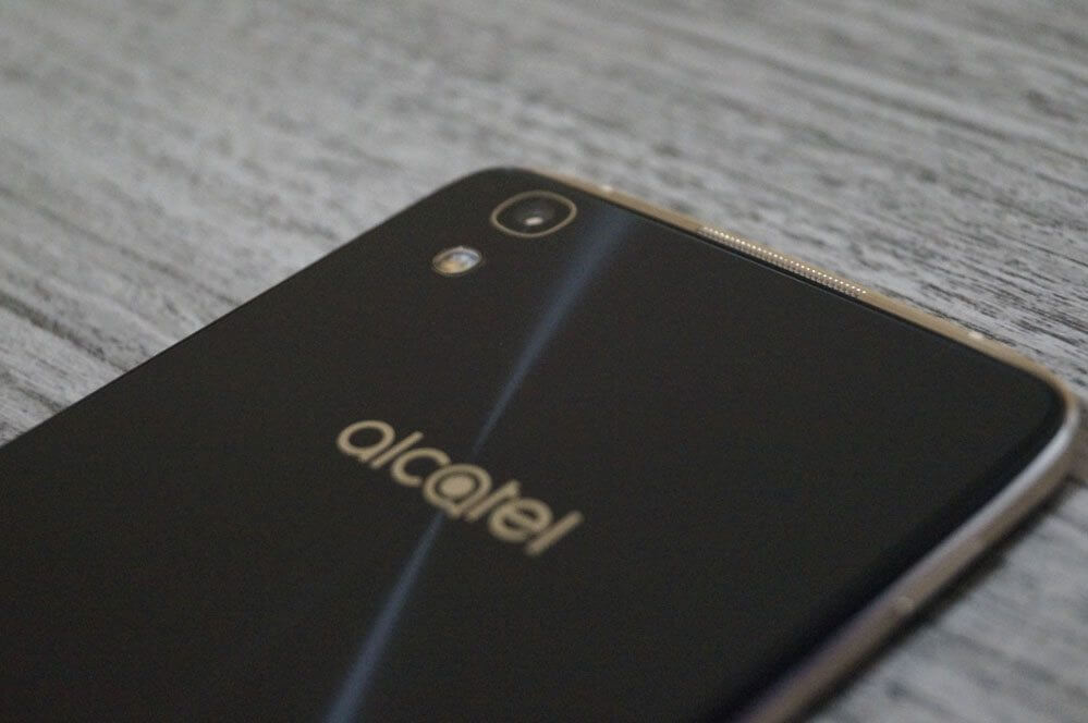 Review: Alcatel Idol 4