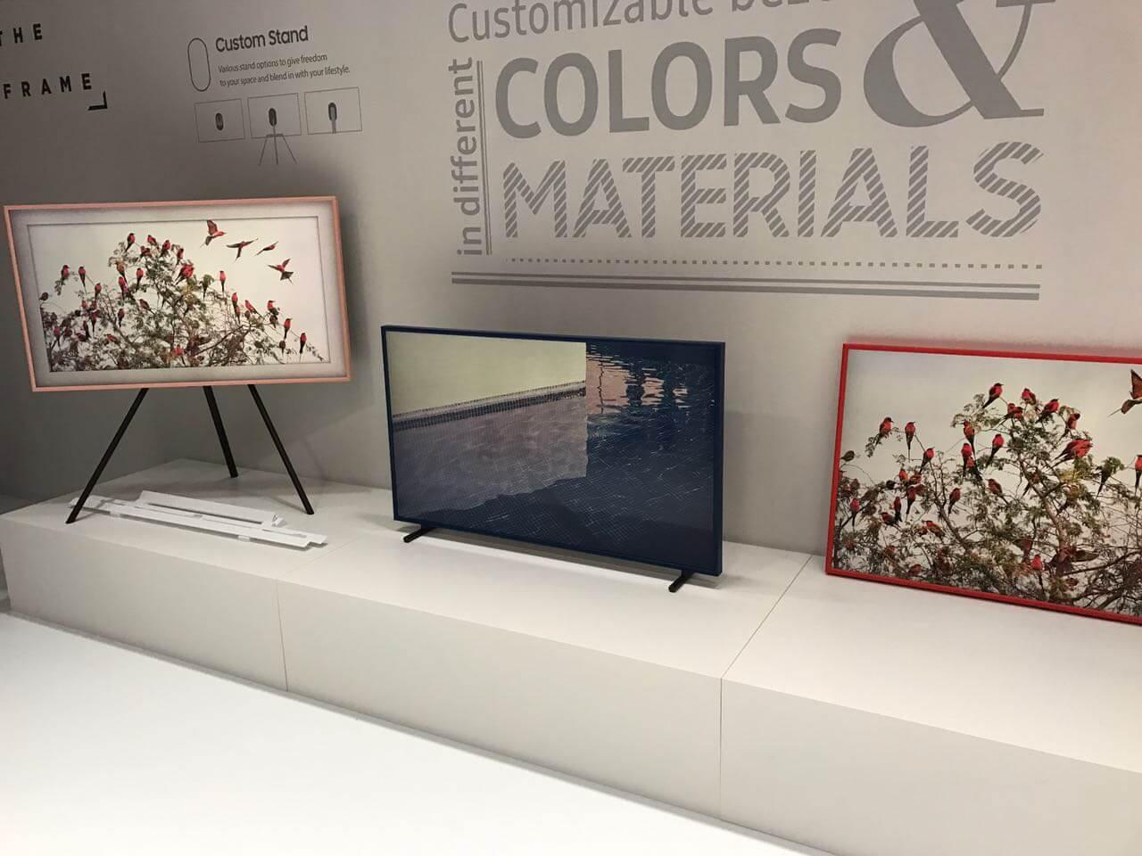 """Samsung The Frame Smart TV 9 - Samsung anuncia TV """"The Frame"""" no Louvre, em Paris"""
