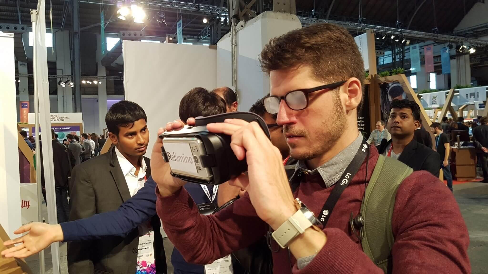 samsung relumino gear vr clab glasses óculos - Samsung demonstra Óculos AR para PCs e mais outras inovações