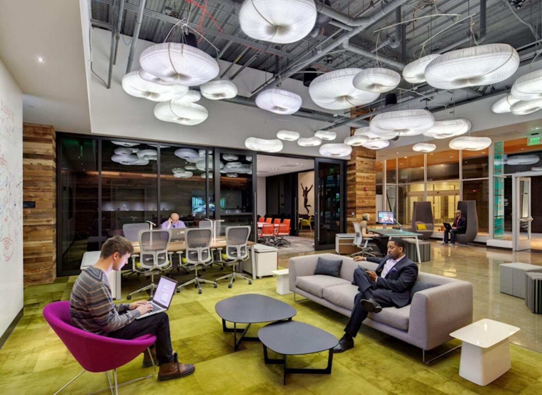Empresas de tecnologia começam a montar verdadeiros escritórios do futuro